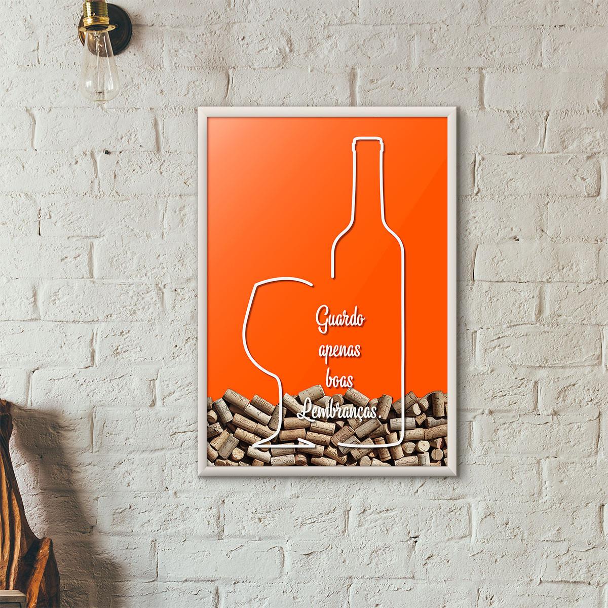 """Quadro Porta Rolhas de Vinho - """"Guardo Apenas Boas Lembranças"""" (Moldura Branca) - Fundo Laranja"""