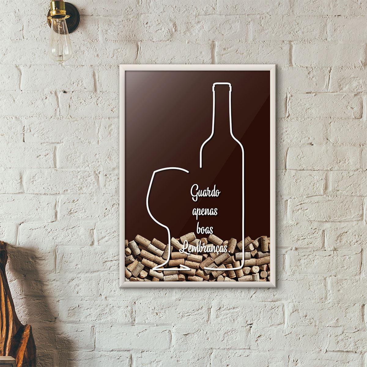 """Quadro Porta Rolhas de Vinho - """"Guardo Apenas Boas Lembranças"""" (Moldura Branca) - Fundo Marrom"""
