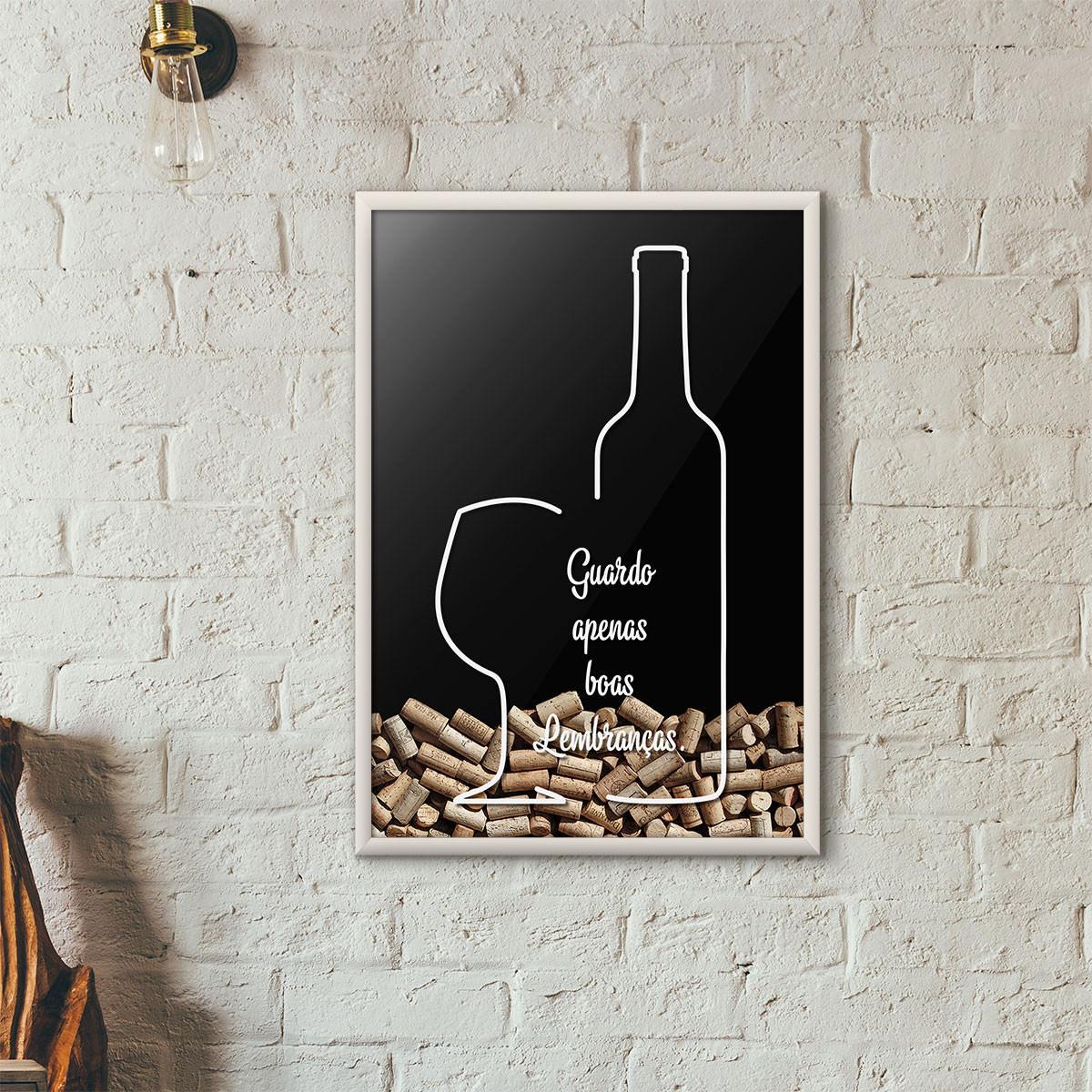 """Quadro Porta Rolhas de Vinho - """"Guardo Apenas Boas Lembranças"""" (Moldura Branca) - Fundo Preto"""