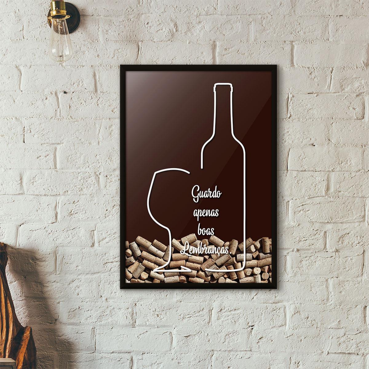 """Quadro Porta Rolhas de Vinho - """"Guardo Apenas Boas Lembranças"""" (Moldura Preta) - Fundo Marrom"""
