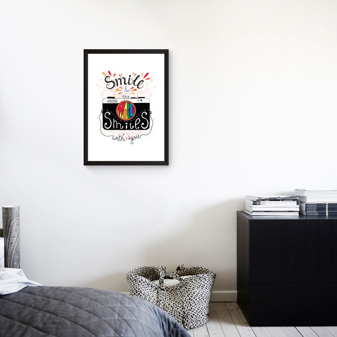 Quadro Decorativo Smile & The World Smiles With You Simulado Fundo Branco
