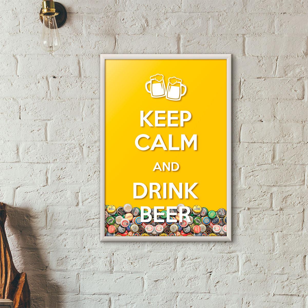 """Quadro Porta Tampinhas de Cerveja - """"Keep Calm And Drink Beer"""" (Moldura Branca) - Fundo Amarelo"""