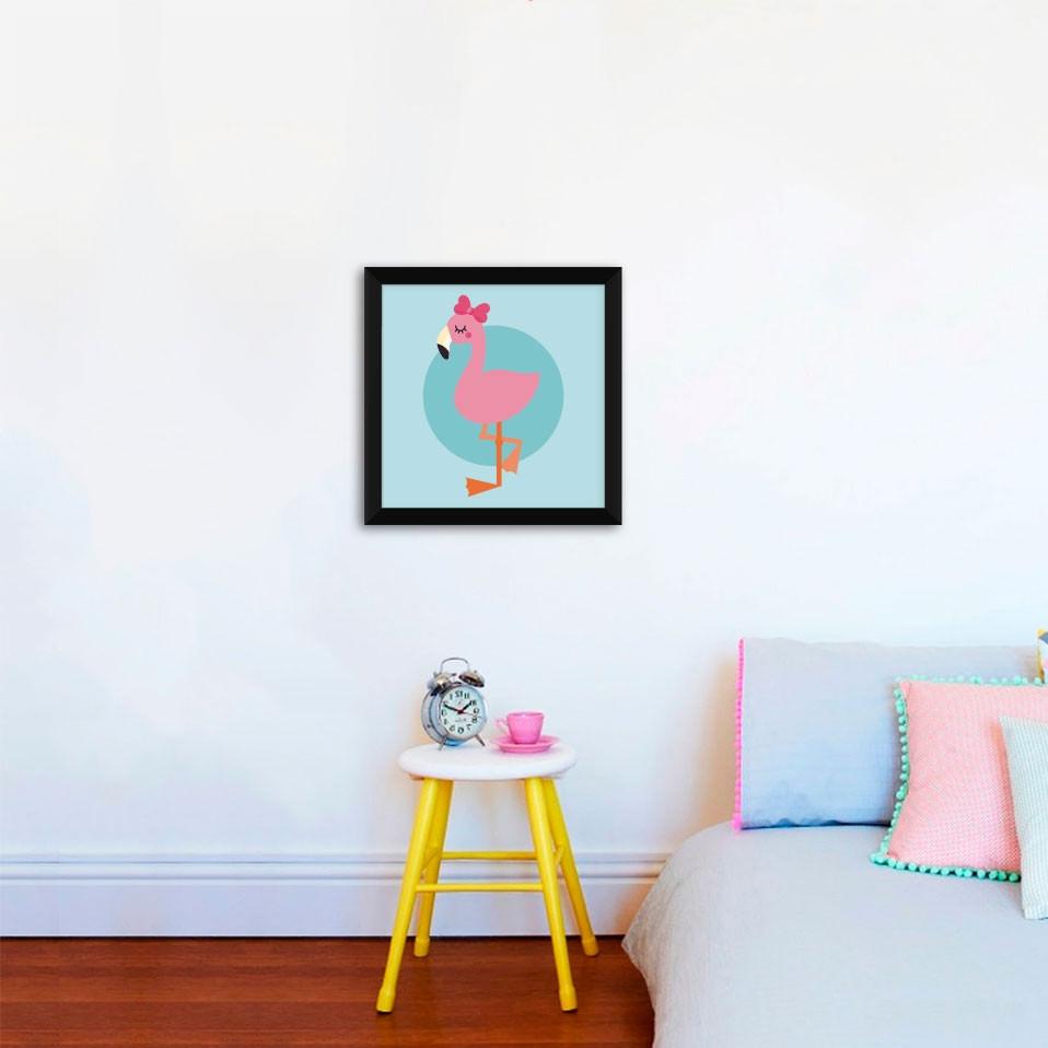 Quadrinho Decorativo Infantil Flamingo Menina Fundo Azul