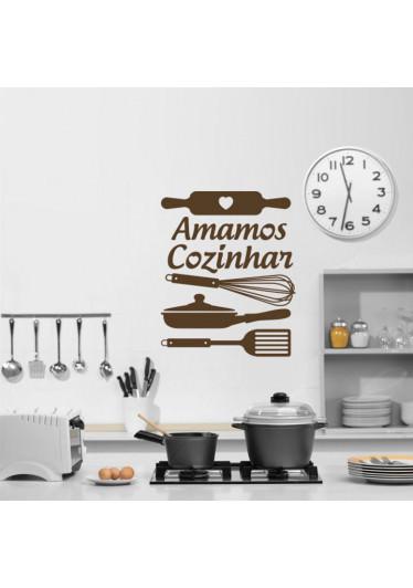 Adesivo de Parede Cozinha Amamos Cozinhar