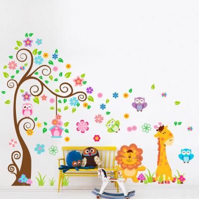 Adesivo de Parede Infantil Árvore e Animais