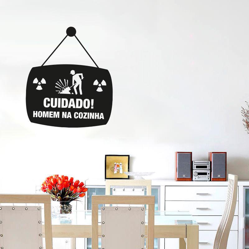 Adesivo de Parede Homem na Cozinha