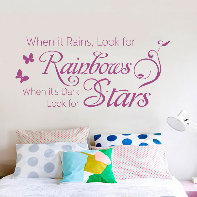 Adesivo de Parede Frase When it Rains, Look for Rainbows...