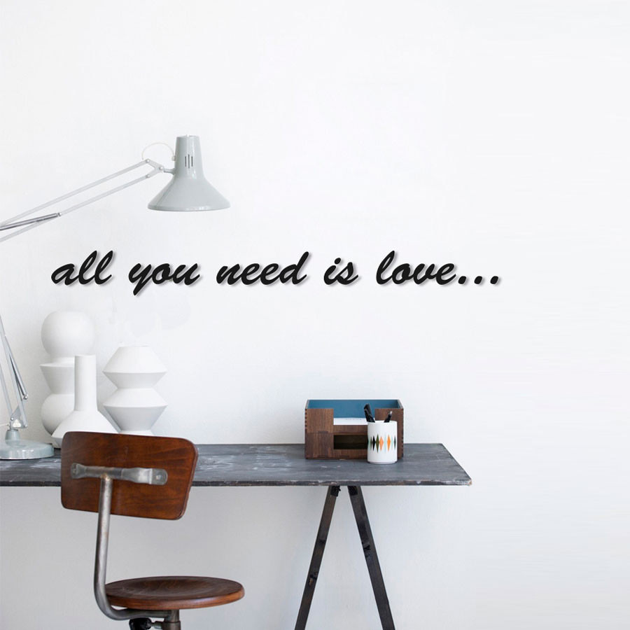 """Frase 3D """"All You Need Is Love"""""""