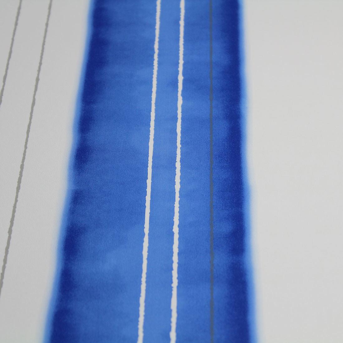 Papel de Parede Listras Assimétricas Azul Textura