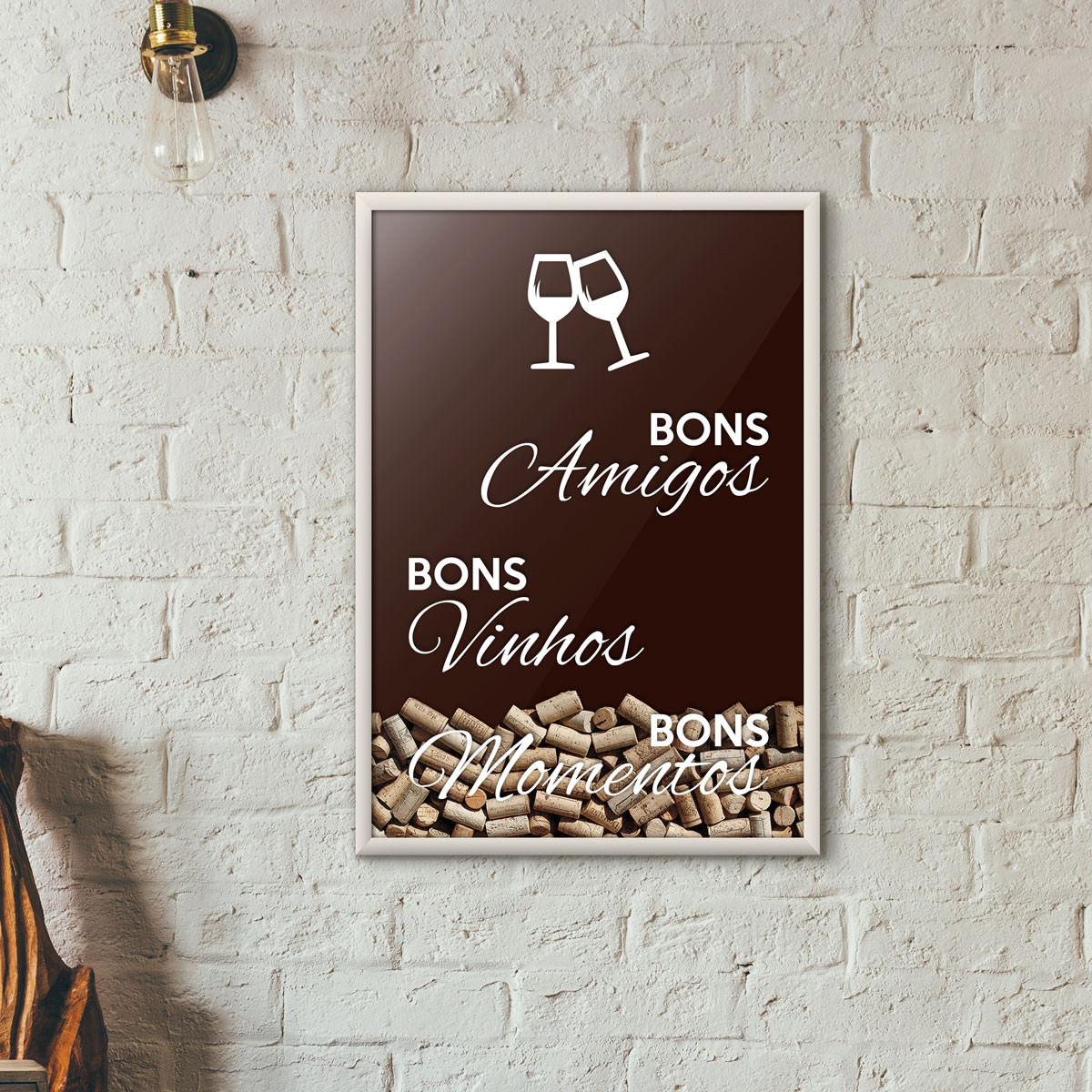 """Quadro Porta Rolhas de Vinho - """"Bons Amigos Bons Vinhos Bons Momentos"""" (Moldura Branca)"""