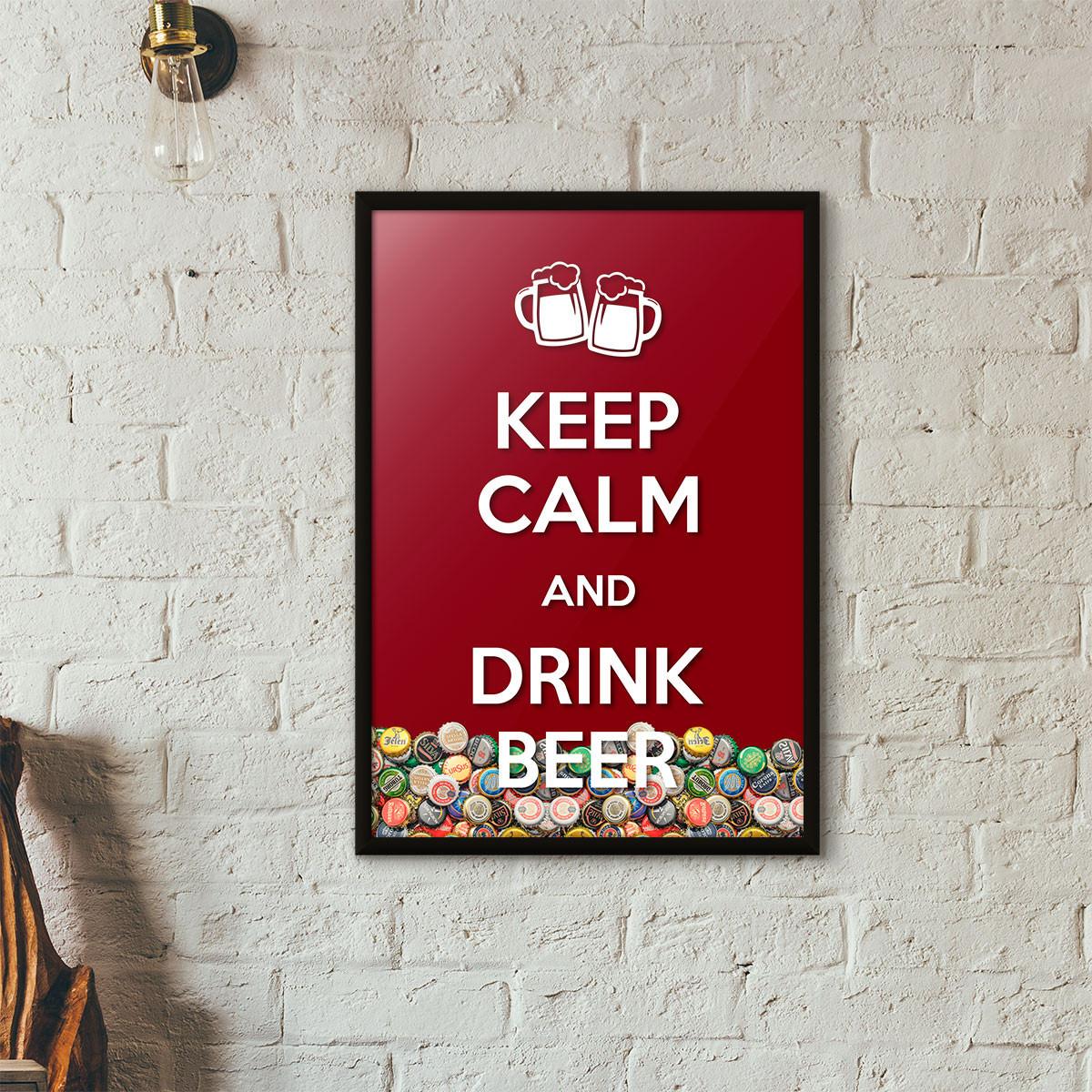 """Quadro Porta Tampinhas de Cerveja - """"Keep Calm And Drink Beer"""" (Moldura Preta) - Fundo Vinho"""