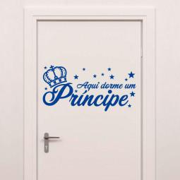 """Adesivo de Parede """"Aqui Dorme um Príncipe"""" - 58x29cm (LxA) - Azul Marinho"""