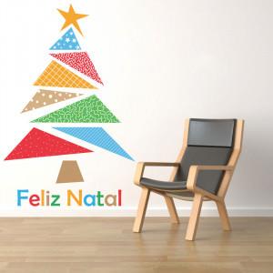 Adesivo de Parede Árvore de Natal Triângulos Coloridos